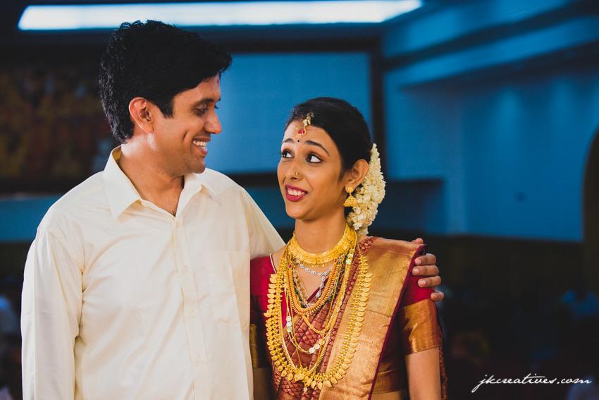 JKCreatives-candid-wedding-photographer-coimbatore-Anil-Aparna-TDM Hall - Ernakulam-Kochi-Palakkad