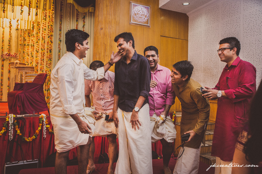 JKCreatives-candid-wedding-photographer-coimbatore-Anil-Aparna-Ernakulam-Kochi-Palakkad_0010