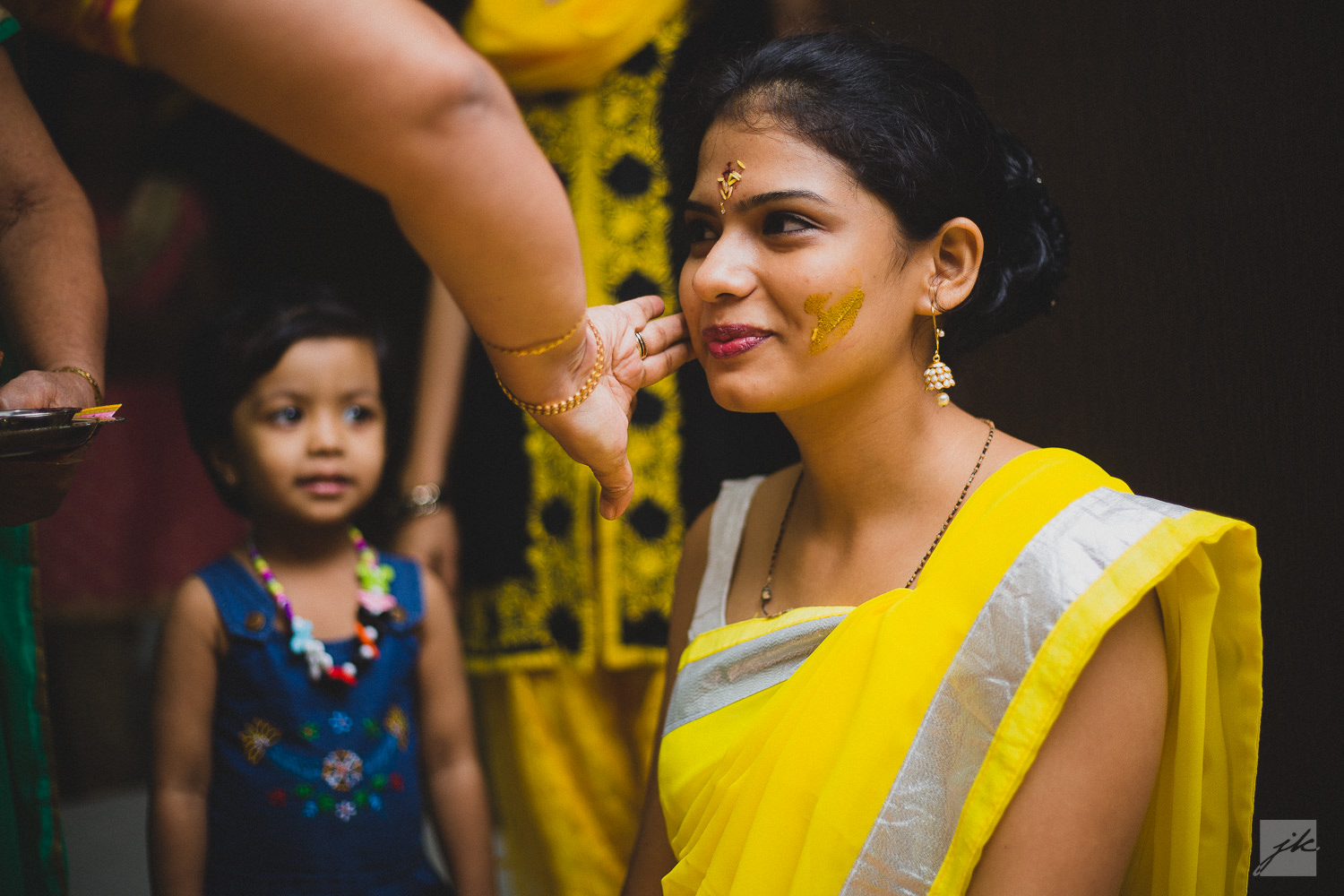 Candid Wedding Photographers in Coimbatore, Bangalore, Hydrerabad | Gujarati Wedding Photographers | Telugu Wedding Photographers | Mehandi Function | Sangeeth | Haldi |