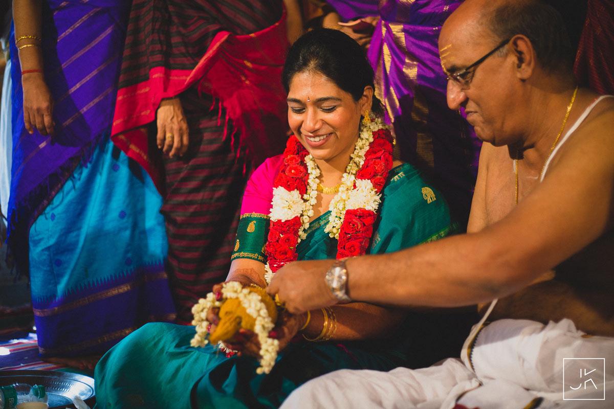best-candid-wedding-photographer-chennai_003