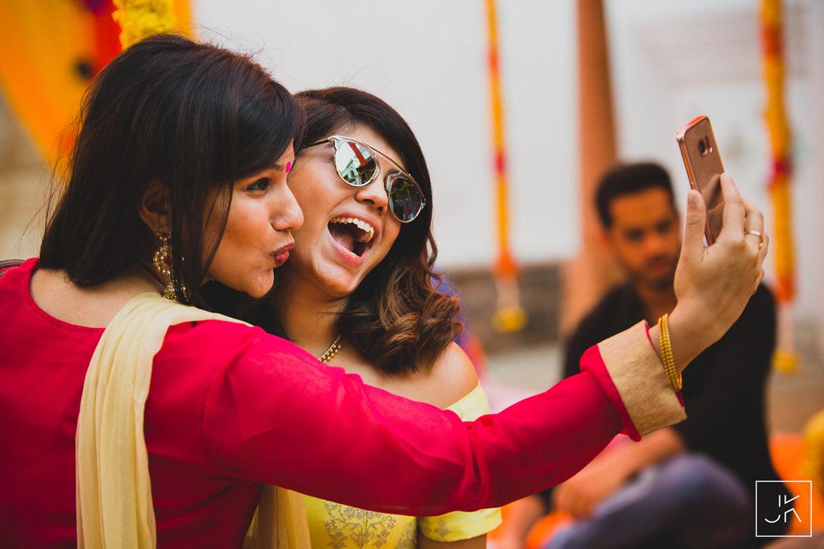 best-candid-wedding-photographer-chennai_034