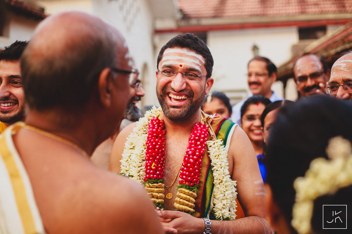 best-candid-wedding-photographer-chennai_057