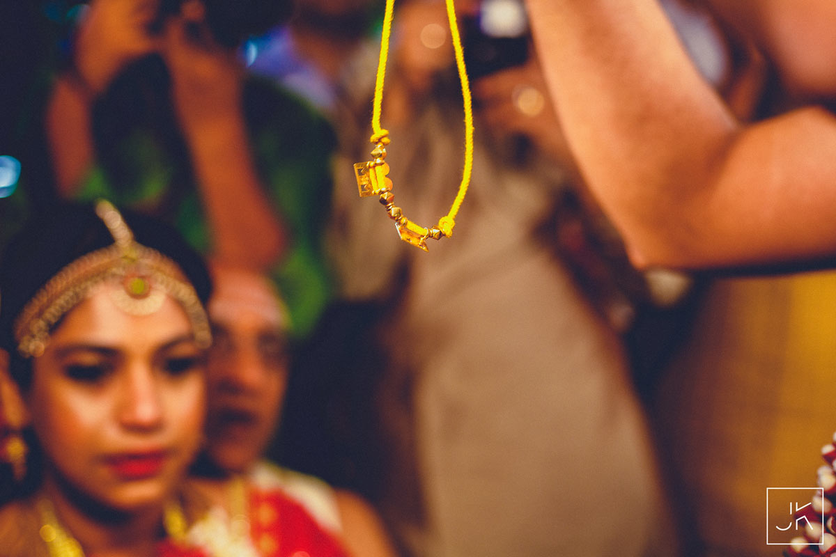 best-candid-wedding-photographer-chennai_069