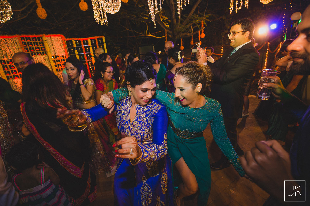 best-candid-wedding-photographer-chennai_092