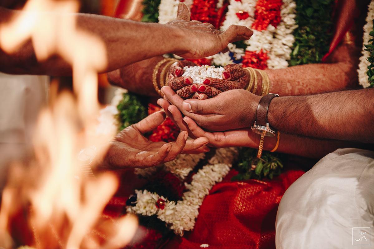 best-candid-wedding-photographer-palakkad-coimbatore_116
